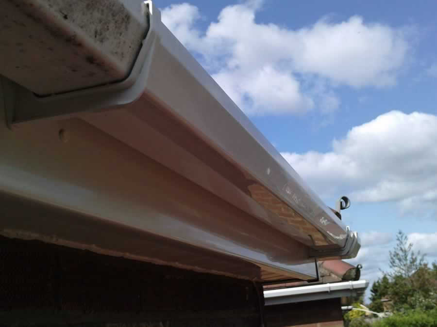 Gutter cleaning and unblocking in Ecclefechan