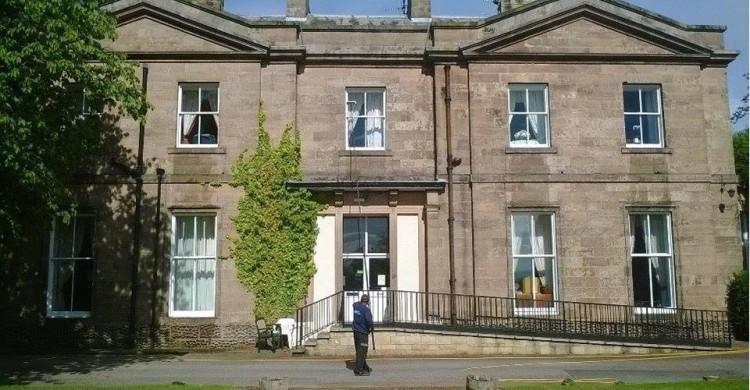 Carlisle window cleaner - ladderless cleaning